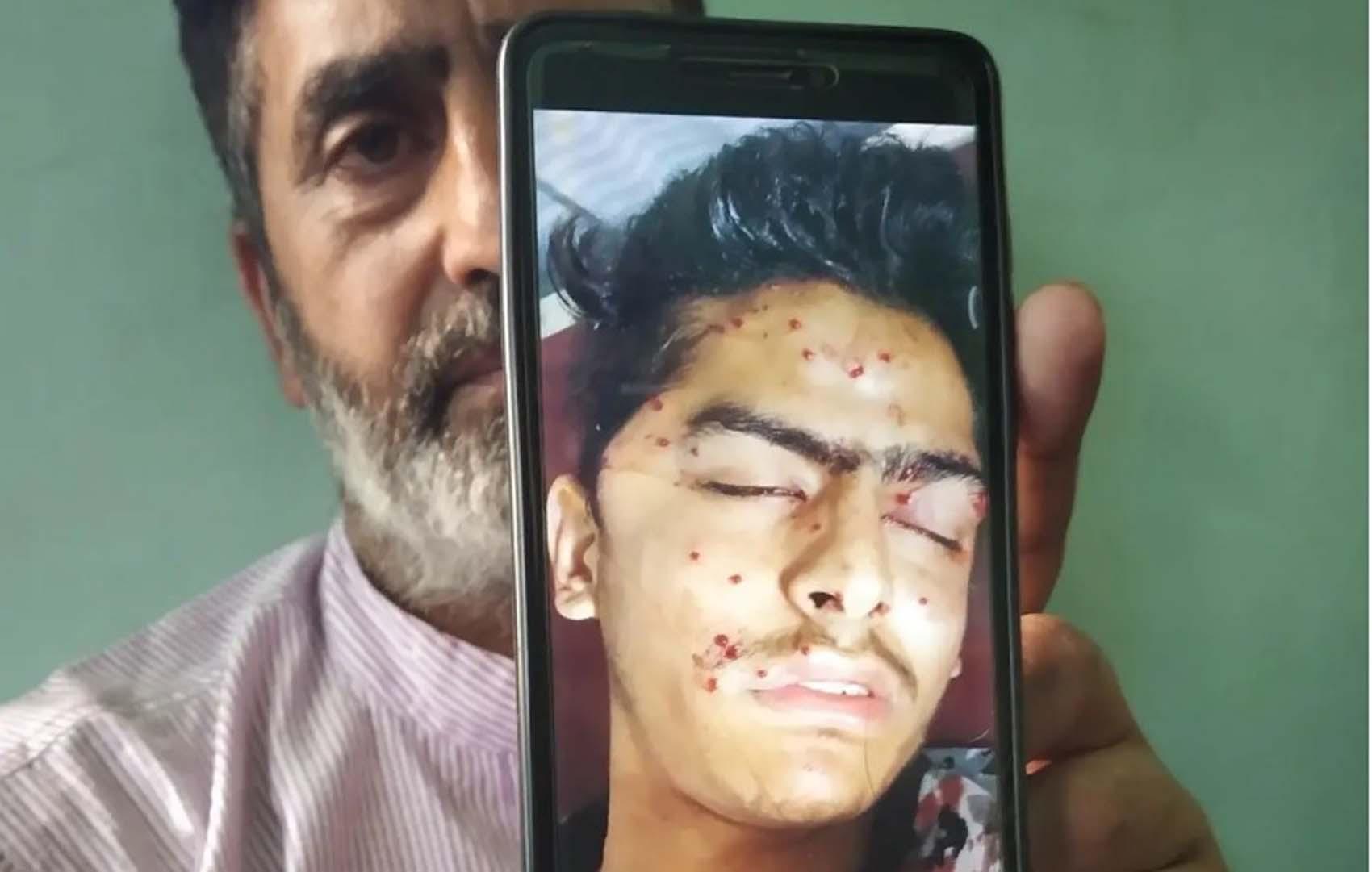युवक की मौत की खबर के बाद कश्मीर में झड़पें और तनाव, सेना के अनुसार पिछले 30 दिनों में कुल 5 लोगों की मौत हुई।