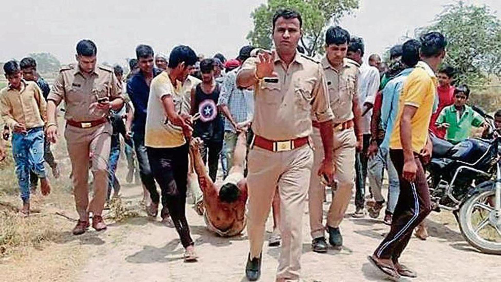 50% पुलिसवालों का मानना है कि मुसलमान क्रिमिनल्स होते हैं : एक रिपोर्ट।